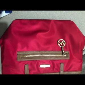 Michael Kors Bags - Selling an original MICHAEL KORS BAG